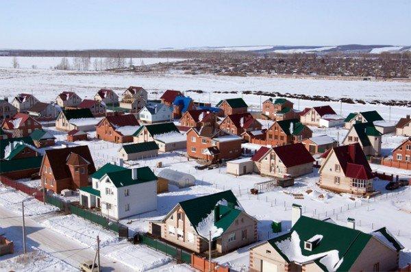 На «Иннопроме» дома в экспериментальном поселке нашли своих хозяев