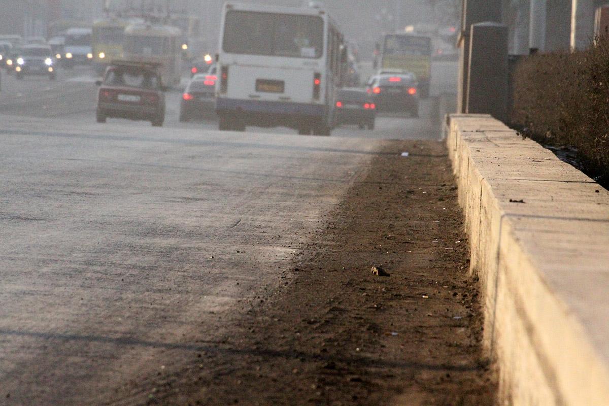 Екатеринбуржцы завалят городских чиновников письмами о пыли