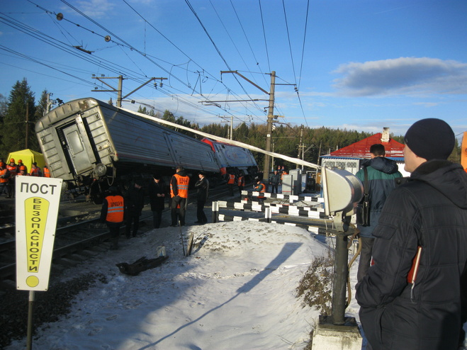 Ущерб от столкновения поездов под Первоуральском превысил 5 млн рублей