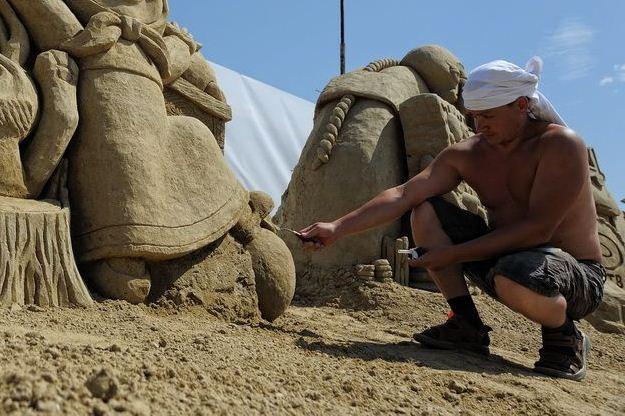 В Екатеринбурге героев бажовских сказов вылепят из песка