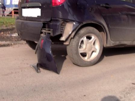 В Каменске-Уральском автоледи отправила в больницу байкера