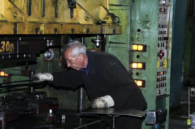 Малые города хотят забрать екатеринбургские заводы