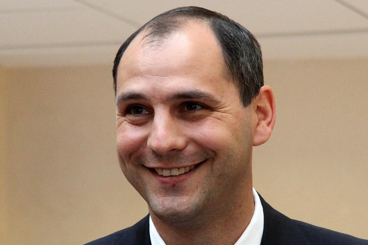 Главу молодежного правительства области будет утверждать его коллега из «белого дома»