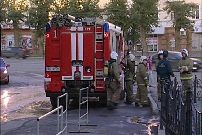 После пожара в здании Управления СвЖД женщина попала в больницу