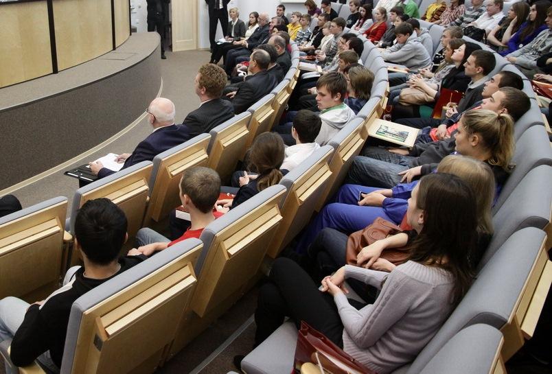 Студентам и школьникам расскажут, как сделать карьеру на Урале