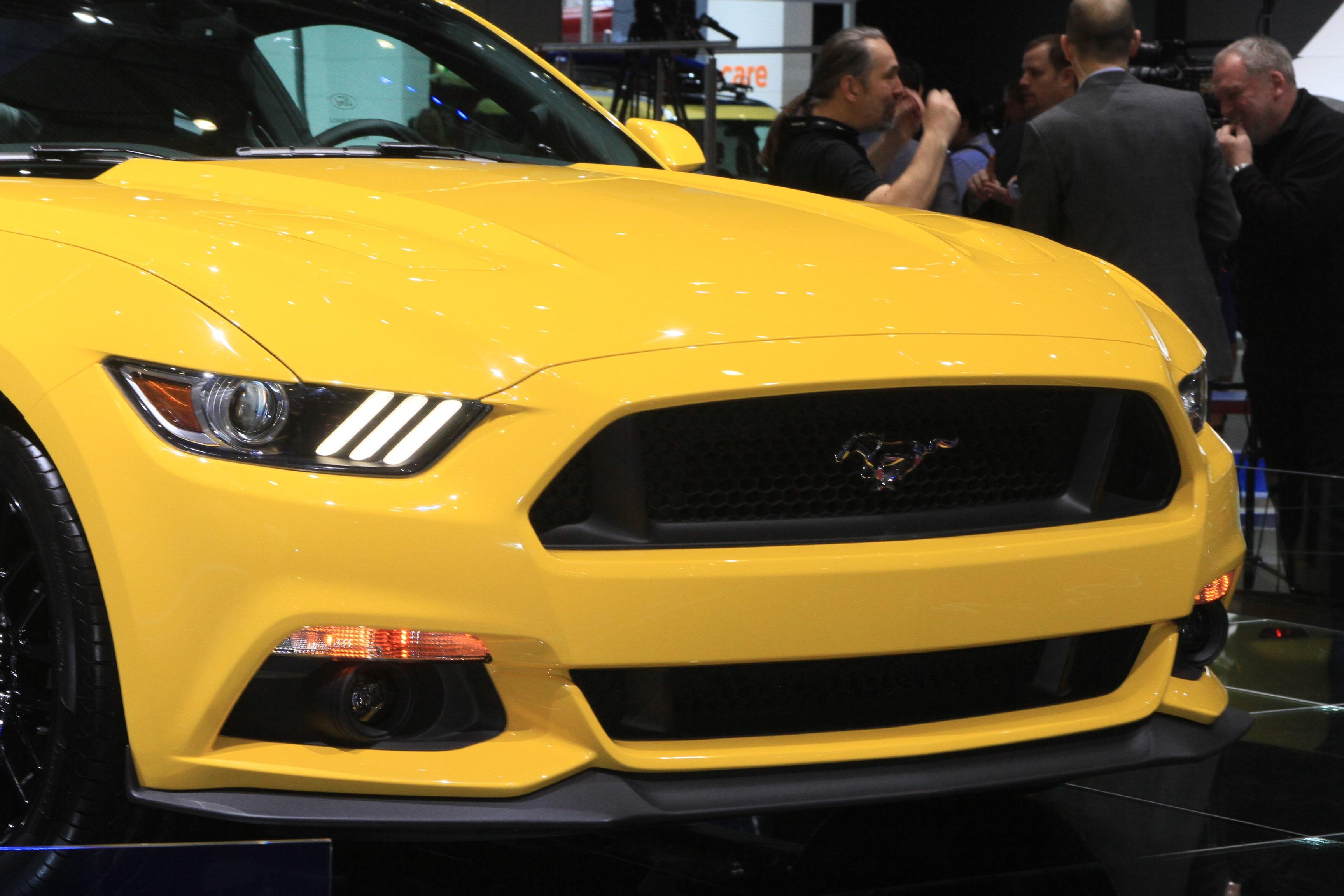 «Да ты играешь со мной?!» Смотрим в глаза новому Ford Mustang