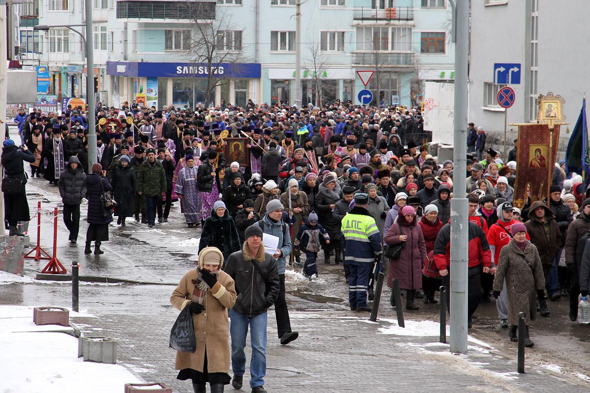 Актриса Дарья Мороз о екатеринбургском крестном ходе за мир на Украине: «Это круто и достойно уважения»