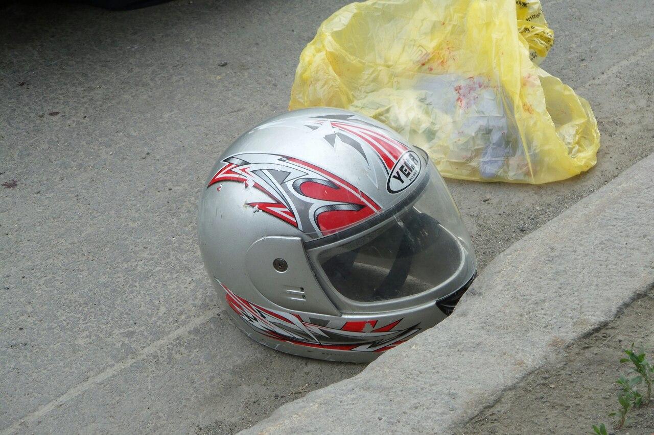 На Объездной водитель скутера насмерть разбился о грузовик