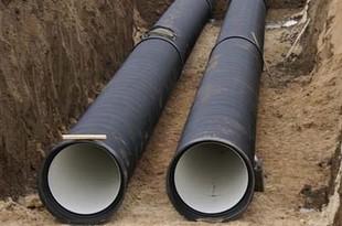 Из-за строительства водопровода закрылось движение по Крылова