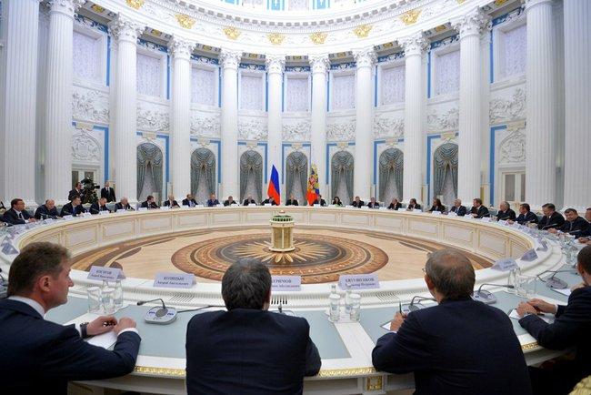 «Цель — разрядить обстановку». Президент поддержал словом российских бизнесменов