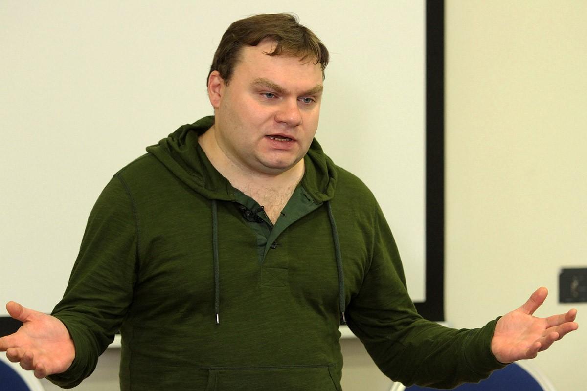 Плющева уволили с радиостанции «Эхо Москвы» за вопрос о сыне Иванова