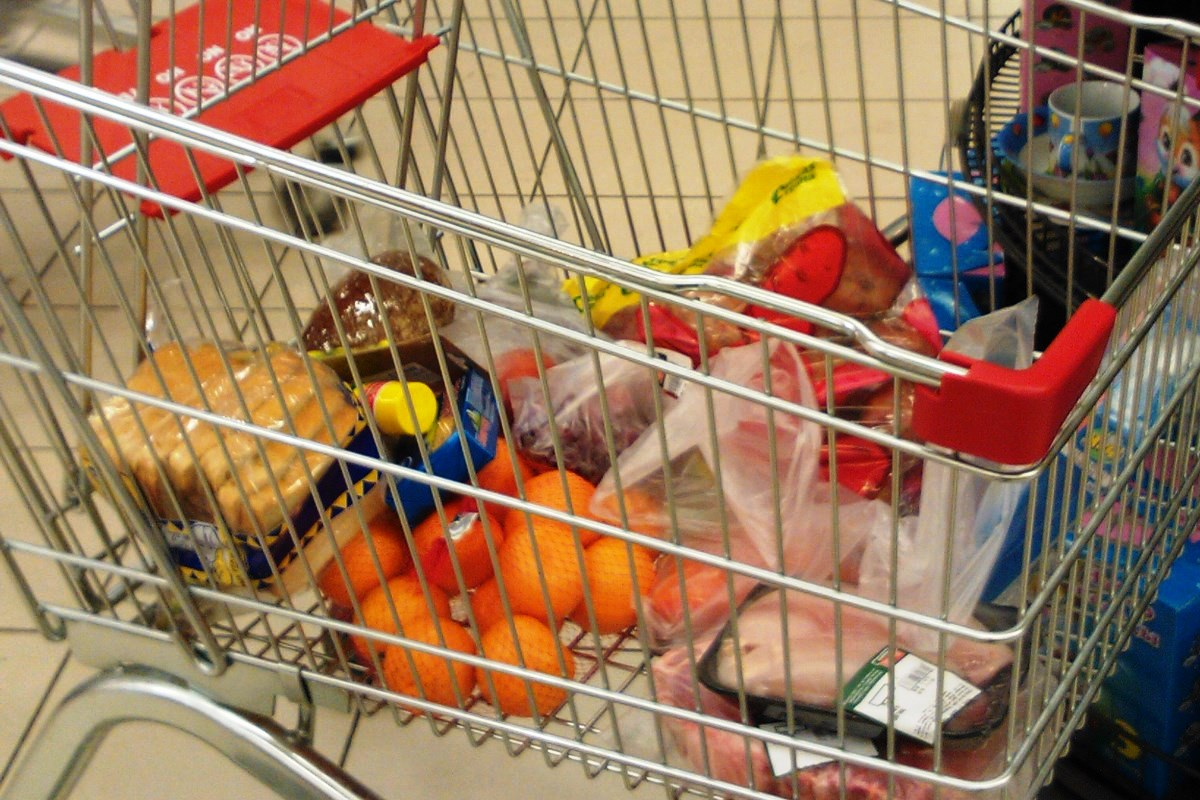 Правительство удержит цены на продукты в канун Нового года