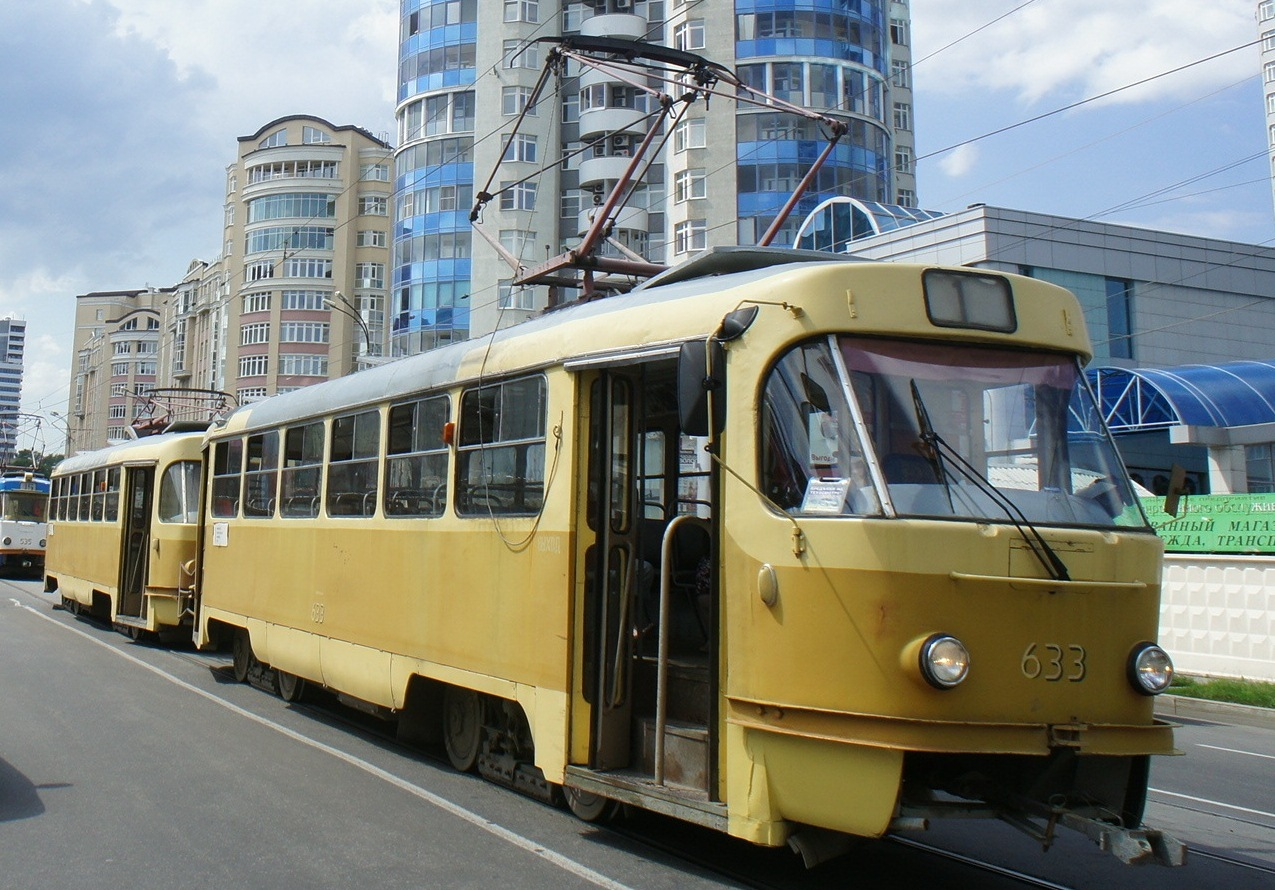 На Уралмаше и Эльмаше общественный транспорт изменит маршрут