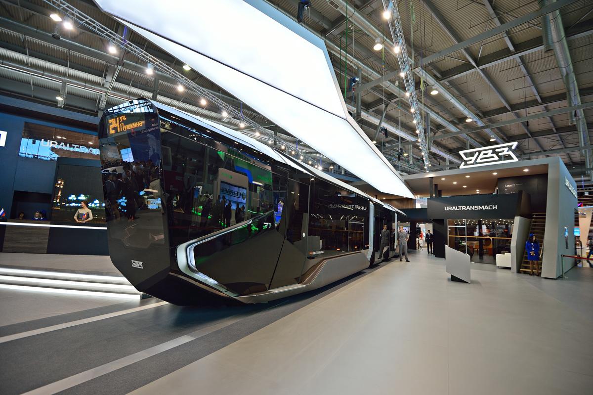 Артемий Лебедев раскритиковал новый трамвай УВЗ