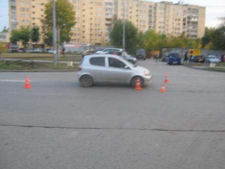 На Старых Большевиков водитель иномарки сбил подростка