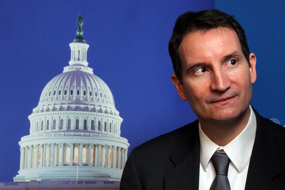 Генконсул США пообещал сохранить визы екатеринбуржцам, несмотря на Крым