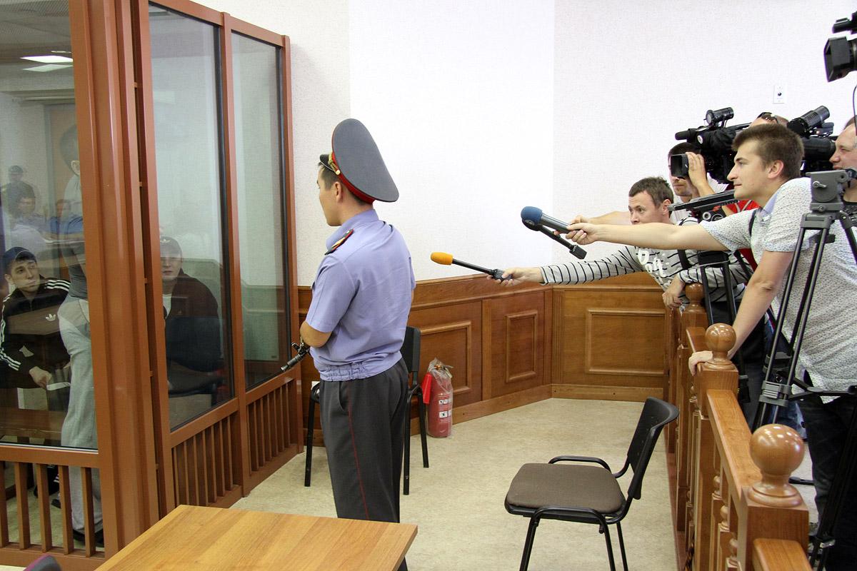 Обвиняемые в нападении на Сагру добились запрета на видео- и фотосъемку