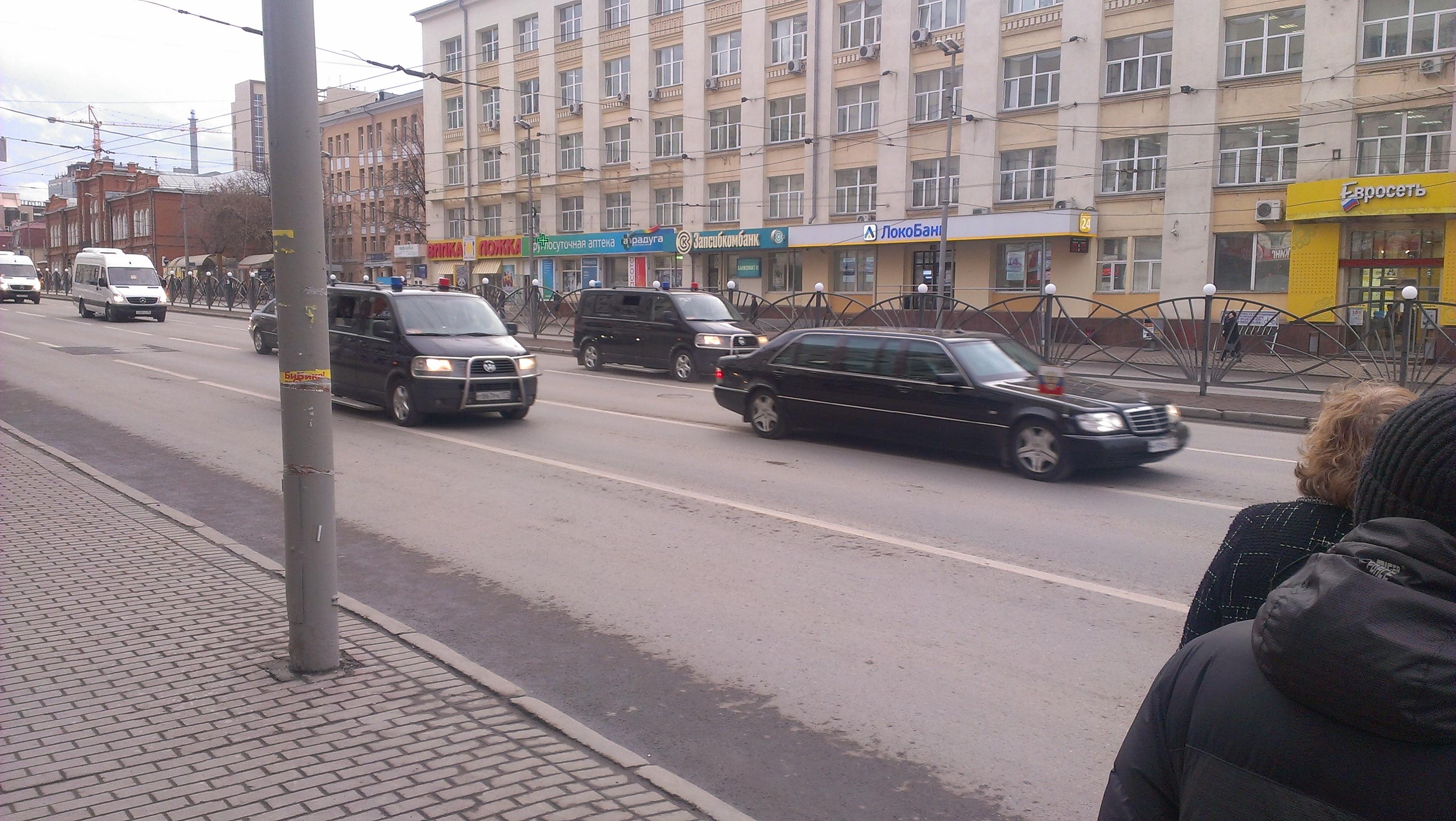 Путин приехал: с улиц убрали даже правильно припаркованные авто