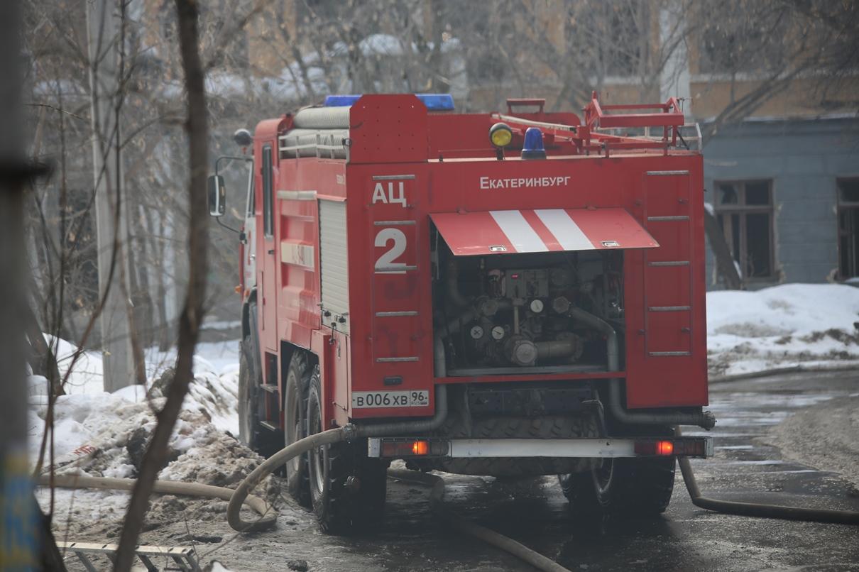 Пожар на Мостовой: двое мужчин погибли, еще один — в реанимации