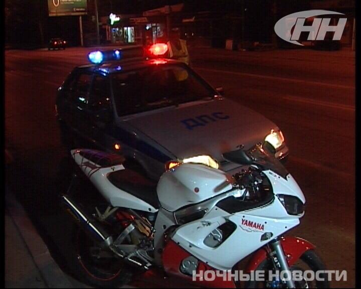 На Амундсена мотоциклист сбил на переходе женщину