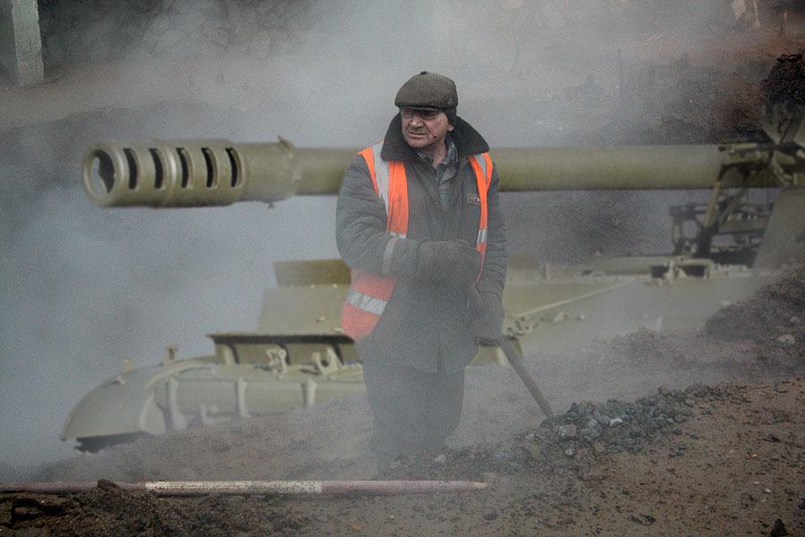 Городская легенда: в дома Уралмаша вода течет по танковым стволам
