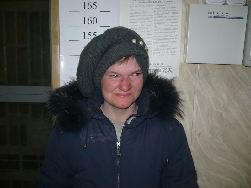 Полиция просит опознать женщину, найденную на Серовском тракте