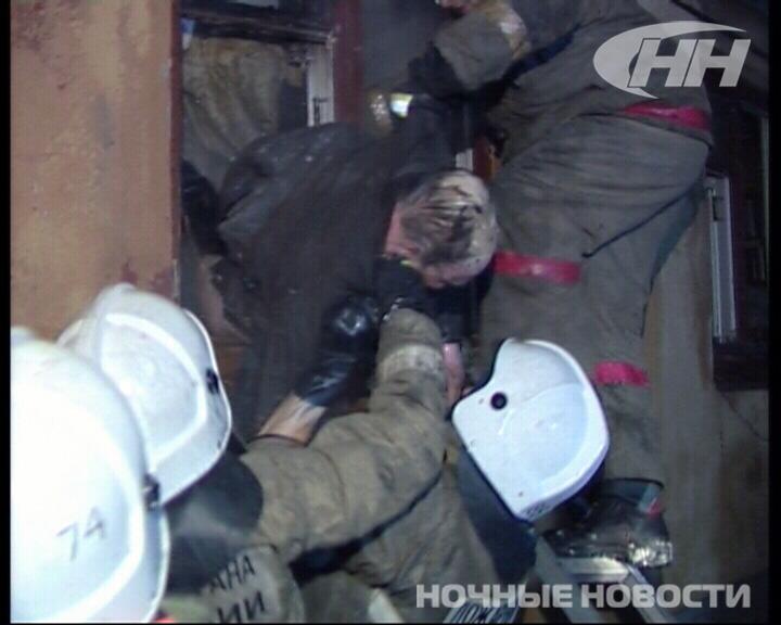 В забитой хламом квартире на Куйбышева вспыхнул пожар