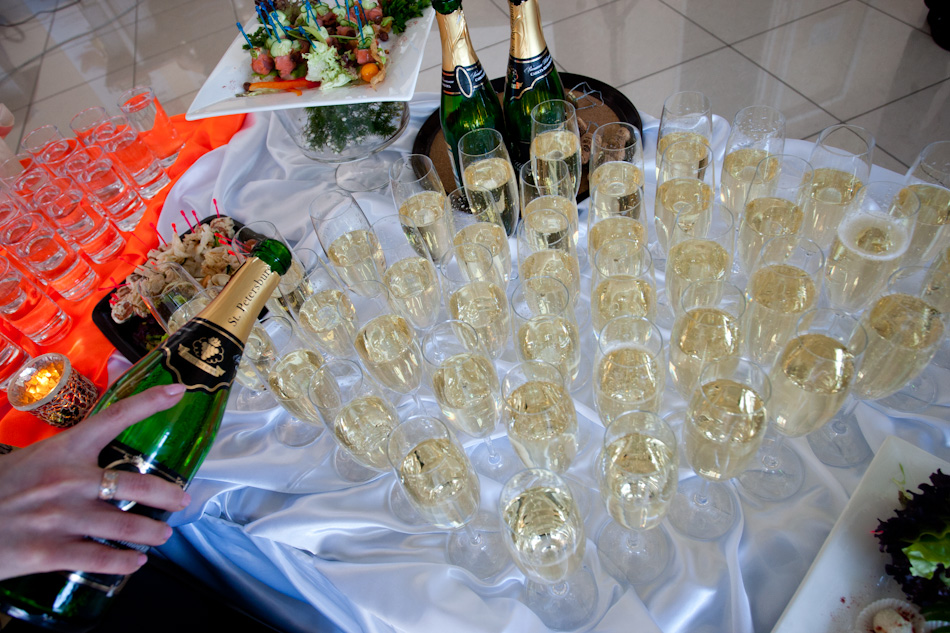 Шампанское и пиво оказались вреднее водки