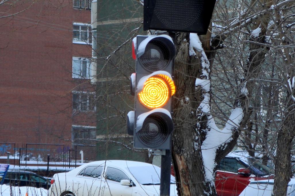 Светофоры появятся еще на 14 перекрестках Екатеринбурга