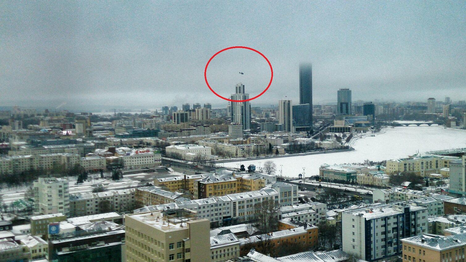 По заказу мэрии над Екатеринбургом кружит немецкий вертолет-разведчик