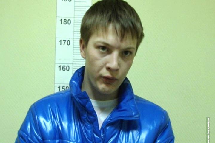 Новоселов снова оказался в полиции. Разбойника с Пионерки задержали за нападение на таксиста