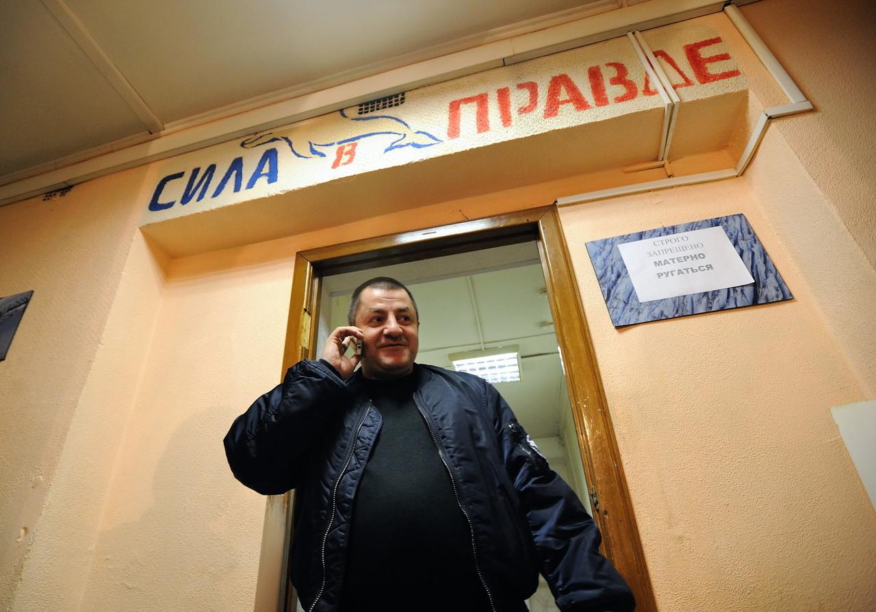 Евгения Маленкина арестовали заочно. Скоро его переведут в СИЗО