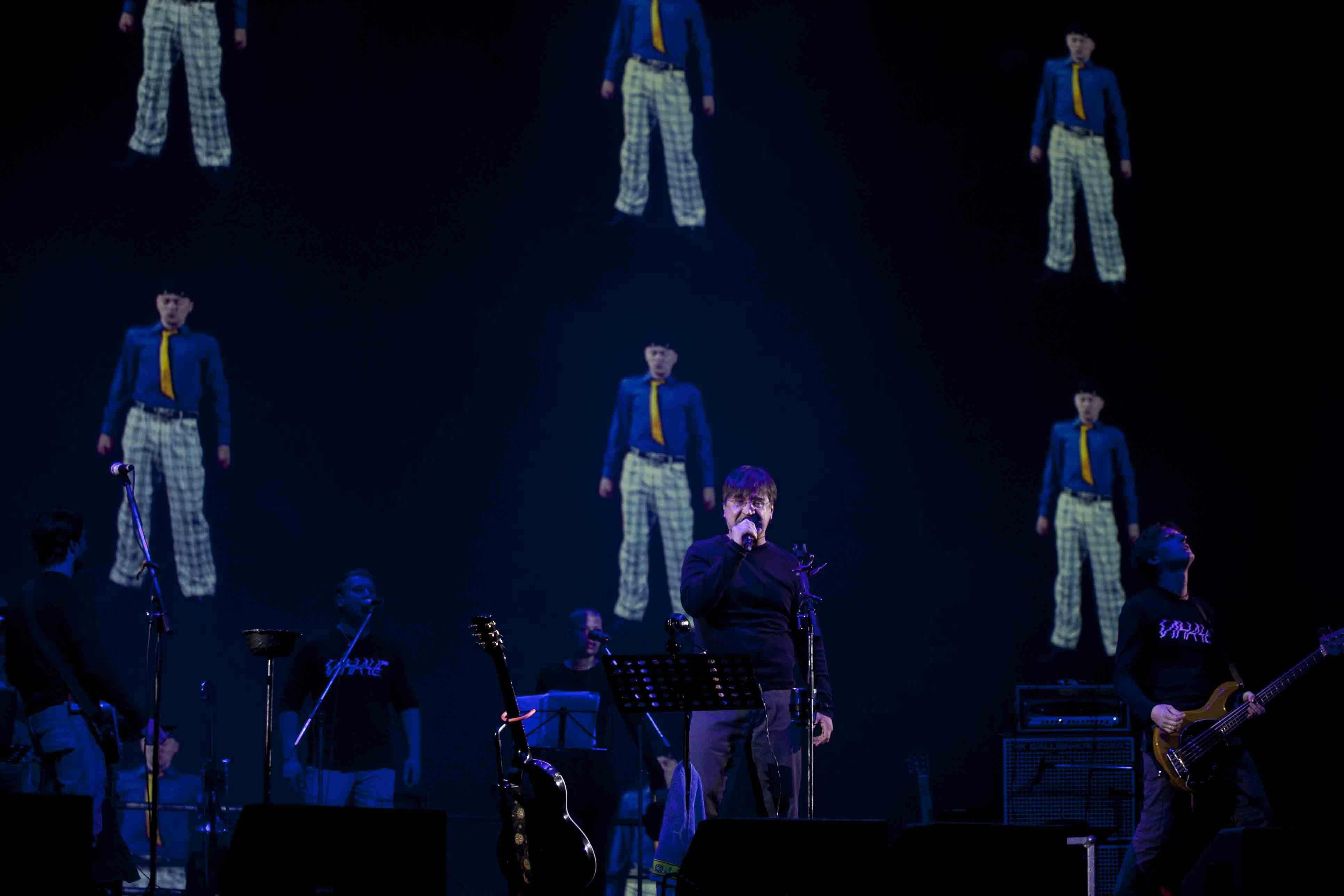 Шевчук посвятил новую песню выборам на концерте в Екатеринбурге