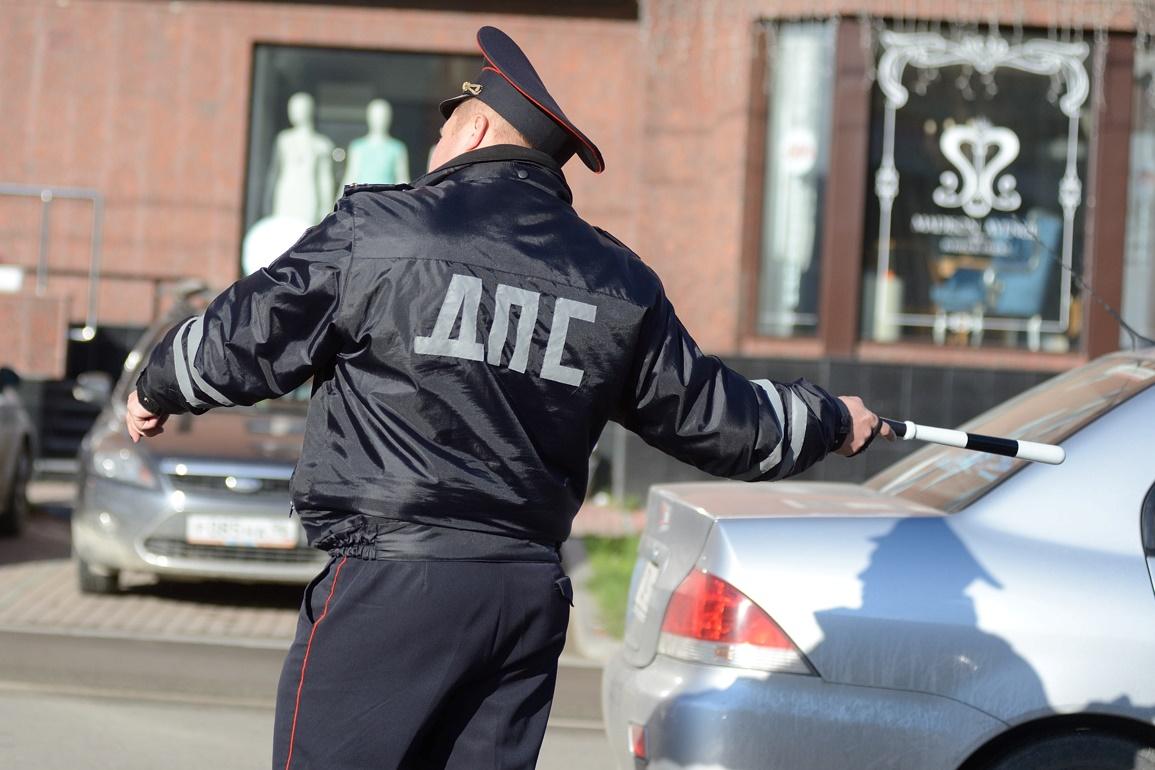 В Екатеринбурге ловят водителей с неоплаченными штрафами и тащат в суд