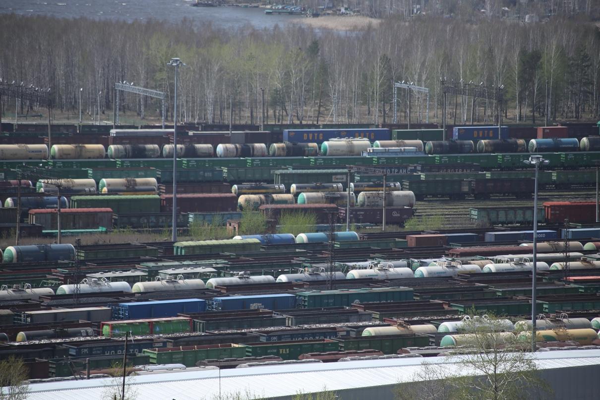 Под Первоуральском столкнулись два поезда