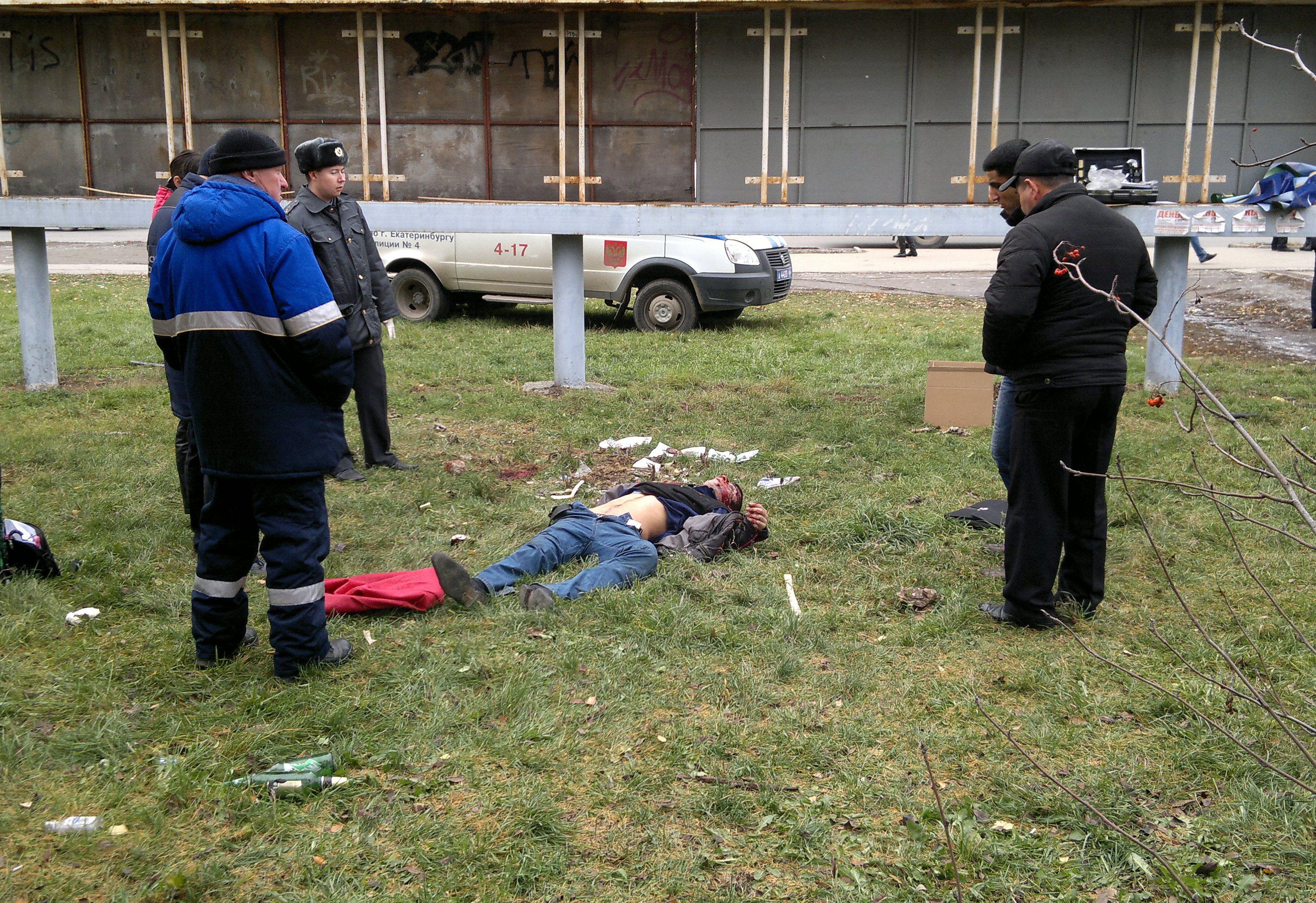 Следователи ищут свидетелей убийства кавказца на Бардина