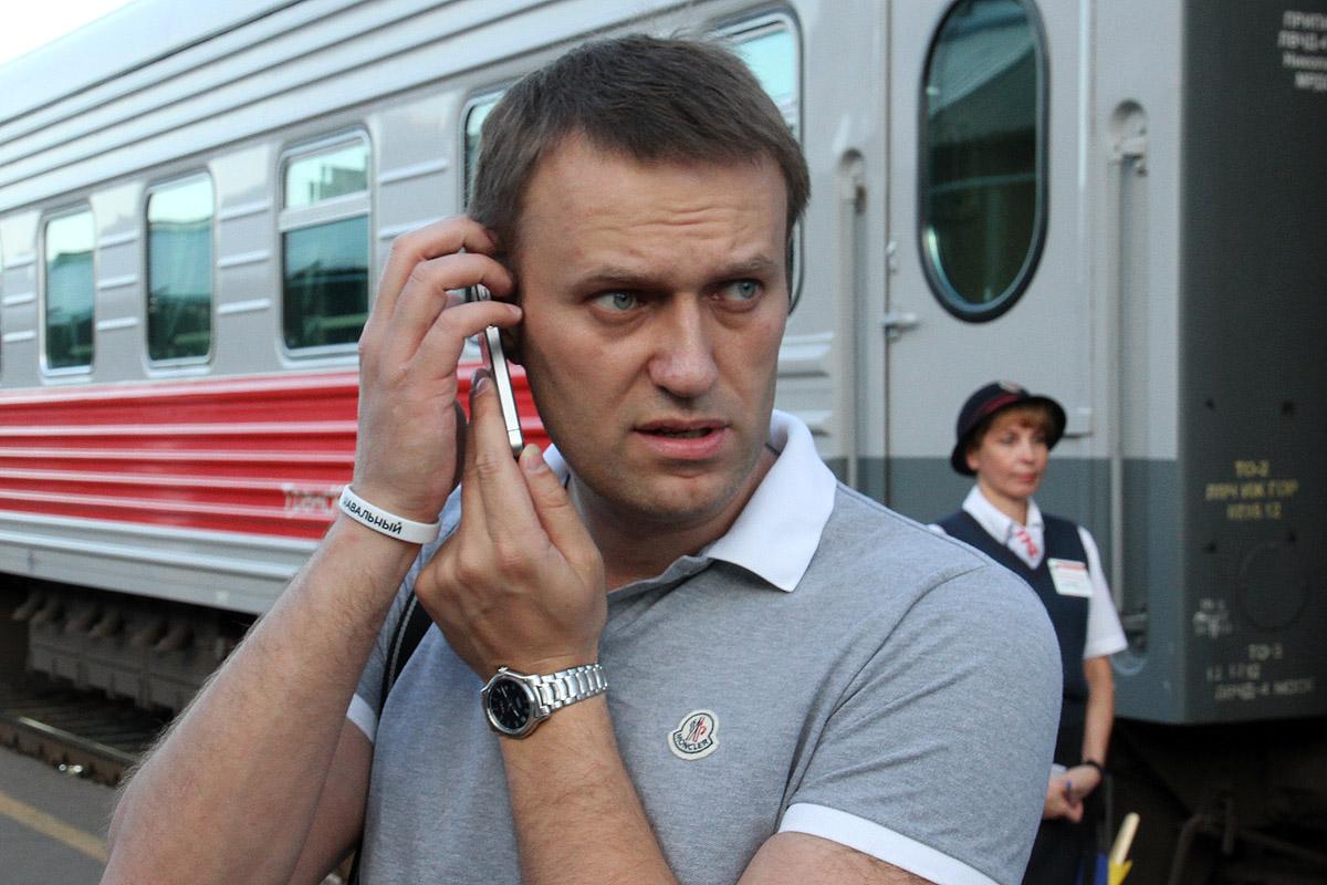 Алексей Навальный потребовал снять Сергея Собянина с выборов мэра Москвы
