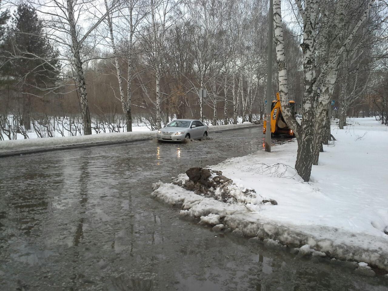 Шаумяна, Волгоградскую и Ясную затопило водой по колено