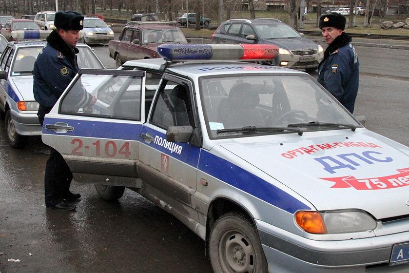 КамАЗ, «семерка» и машина ГИБДД устроили ДТП на Серовском тракте