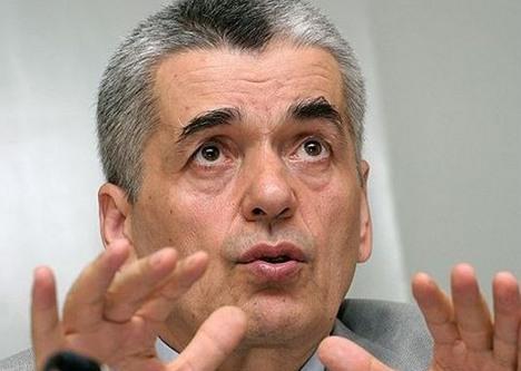 Онищенко назвал уральских клещей самыми злыми в стране