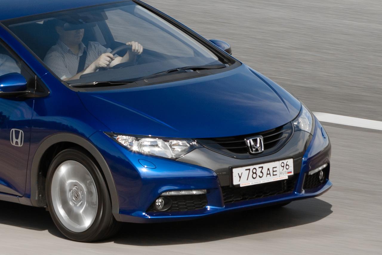 Honda Civic 5D: старый знакомый