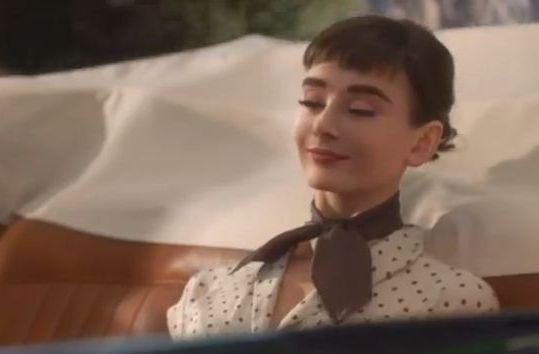 Одри Хепберн «снялась» в рекламе через 20 лет после смерти