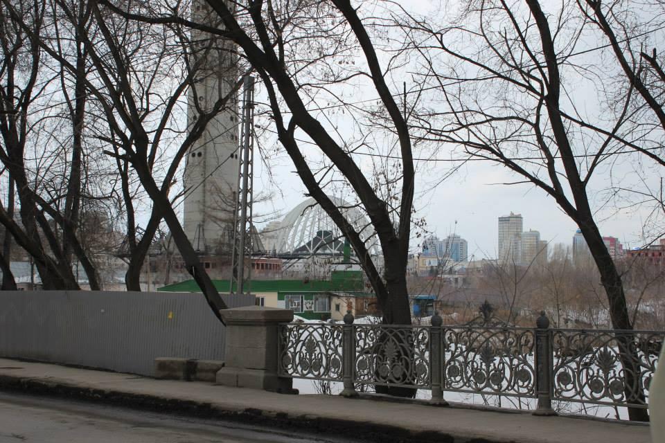 Общественники прогулялись по Екатеринбургу для защиты Царского моста