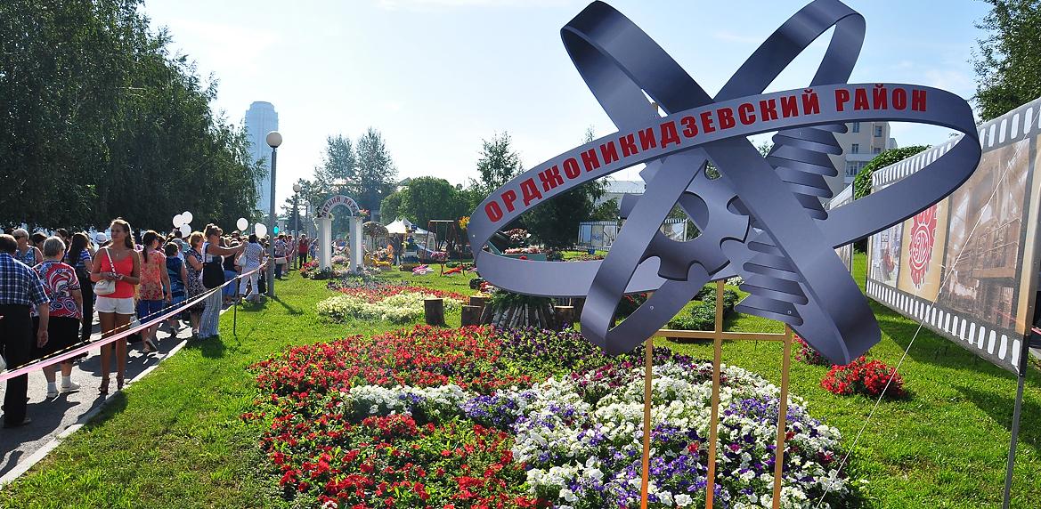 «Всё из-за попустительства ГЖИ»: битву за сотни домов на Уралмаше не смог остановить даже прокурор