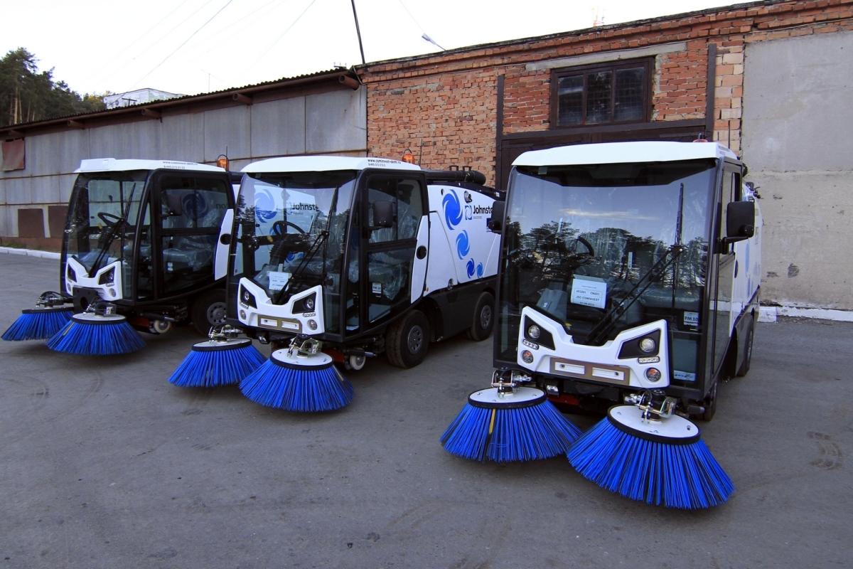 Власти Екатеринбурга пообещали вычистить город до конца апреля