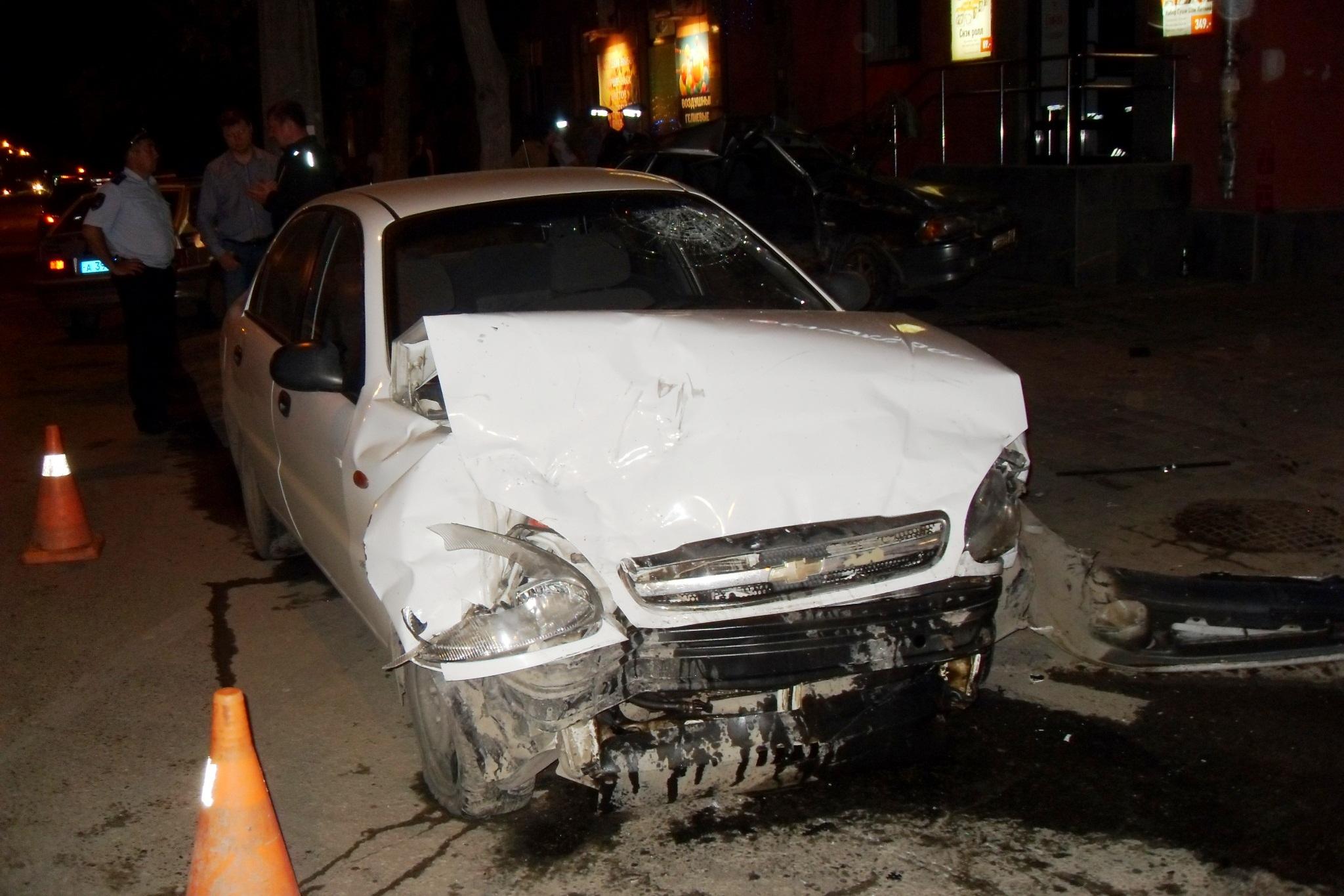 На Машиностроителей в ДТП погибла женщина