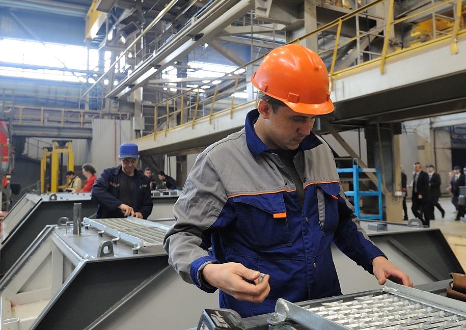 Новости импортозамещения: промпроизводство в Свердловской области за месяц упало на 40%