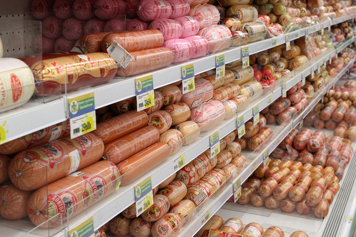 Производителей колбасы пытались очернить от имени Роспотребнадзора