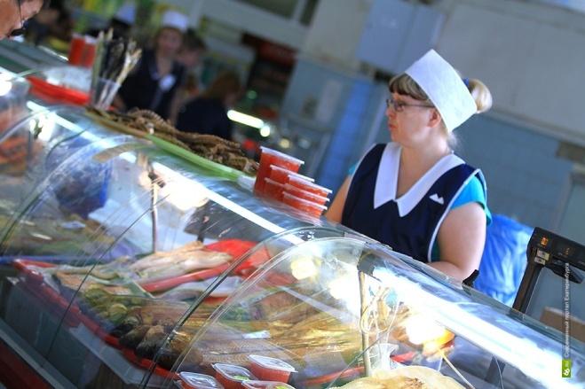 ЛДПР предлагает закрывать аптеки и магазины за продажу просроченных товаров