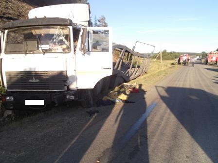 В Нижних Сергах водитель погиб под колесами своего грузовика
